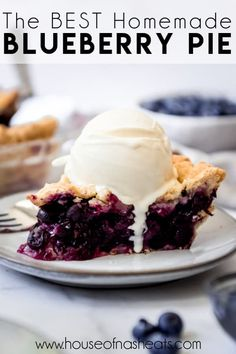 Deliciously sweet and juicy with a buttery, flaky crust, nothing quite compares to a classic Homemade Blueberry Pie! It's the ultimate summer dessert with plump, fresh or frozen blueberries for an easy blueberry pie filling and my perfect pie crust that wins every time! #pie #blueberries #blueberrypie #best #recipe #easy #fresh #frozen #fromscratch #homemade Best Blueberry Pie Recipe, Frozen Blueberry Recipes, Fresh Blueberry Pie, Homemade Blueberry Pie, Best Blueberry Muffins, Homemade Pie, Frozen Desserts, Fun Desserts, Delicious Desserts