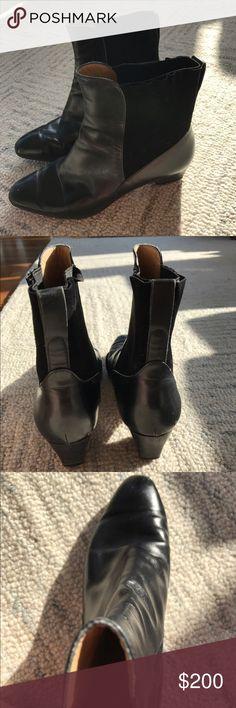 Salvatore Ferragamo Boots Black leather 'Chelsea' boots from Salvatore Ferragamo. Original and in great condition. Style ID: DU20035 141. Salvatore Ferragamo Shoes Ankle Boots & Booties