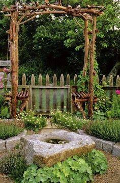 Arbor and garden                                                                                                                                                                                 Mais