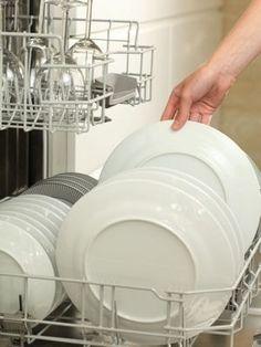 Chasser les mauvaises odeurs du lave-vaisselle