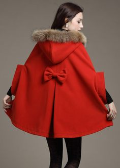 Hooded Bow Cape