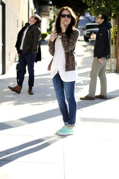 Leopard cardigan with cuffed jeans and mint shoes // Leopard and Lavender