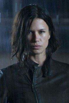 Lara Croft Model, Scarlett Johansson Hairstyle, Rhona Mitra, After Earth, Angled Bobs, Beautiful People, Beautiful Women, Cowboy Girl, Sexy Latex