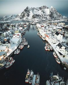 "3,253 Likes, 23 Comments - Mitt Norge (@mittnorge) on Instagram: ""Henningsvær, Lofoten : @jannilaakso"""