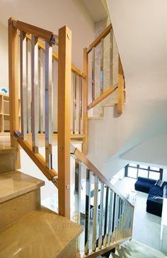 Barandillas interiores de madera on pinterest - Barandillas de madera para interior ...