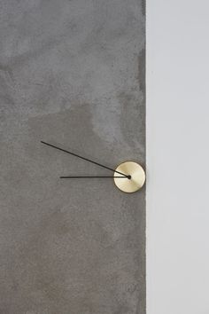 LESS is a minimalist design created by Germany-based designer Milia Seyppel Studio. LESS clock made in brass, is the ultimate reduction to the essential. Body and hands are in reverse proportion to one another. (1)