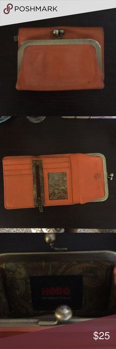Hobo wallet Gently used but still in great condition. Shoot me an offer! HOBO Bags Wallets