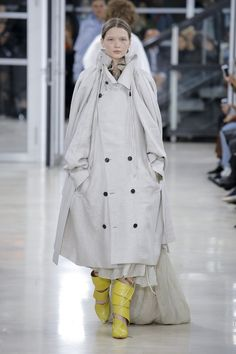 Y/Project   Ready-to-Wear - Spring 2018   Look 25