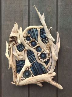 Driftwood – Lake Superior Drifting – Keep up with the times. Driftwood Wall Art, Driftwood Beach, Driftwood Projects, Driftwood Sculpture, Painted Driftwood, Driftwood Jewelry, Boat Crafts, Summer Crafts, Mermaid Wall Decor