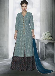 Buy Indian Designer Salwar Kameez Online for Women in US UK CAD AUS NZD Free International Shipping. Indian salwar kameez, punjabi suits and anarkalis onli Designer Salwar Kameez, Designer Anarkali, Dress Neck Designs, Blouse Designs, Indian Dresses, Indian Outfits, Pakistani Dresses, Long Choli Lehenga, Bridal Lehenga