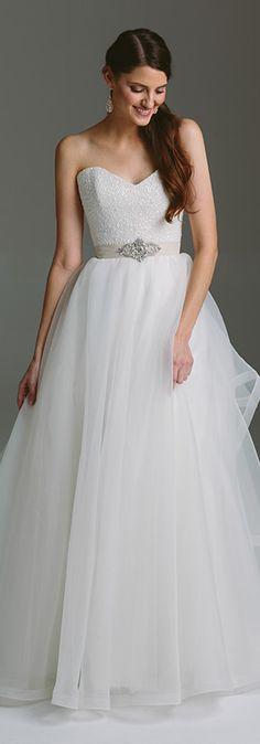 Karen Willis Holmes 2015 Bespoke #Bridal Collection A-line wedding dress #strapless
