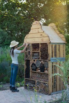 Schickes Insektenhotel in Babylonstoren in der Nähe von Kapstadt