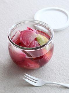 夏の常備菜におすすめサッパリさわやか紫タマネギのピクルスの作り方