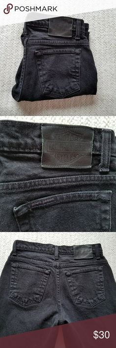 """HARLEY DAVIDSON BLACK STRAIGHT LEG JEANS 4 HARLEY - DAVIDSON BLACK STRAIGHT LEG JEANS SIZE 4P THESE jeans are in great condition.  Waist is 13.5"""" rise is 9.75"""" and inseam is 28"""".All measurements are approximate and taken flat. Harley-Davidson Jeans Straight Leg"""