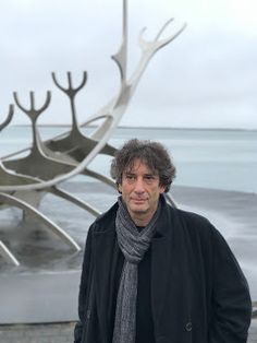 Neil Gaiman's Journal: started February 2001... Talking about writing, comics, books, films, bees, demonic tomatoes, cats, travel and a dog ever since.