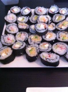 zelfgemaakte sushi! love it!