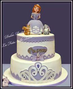 http://lafatadelletorte.blogspot.it/2014/05/sofia-la-principessa.html