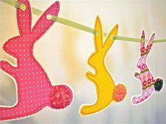 Osterhase silhouette girlande ausschneiden kreise fenster for Decoration fenetre paques