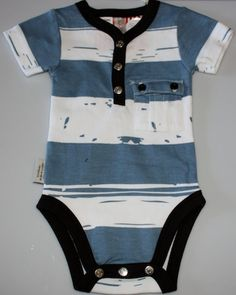 How handsome will your little boy look in this outfit! Blue and white patterned playsuit with black trim. Front pocket for treasures! Black Trim, Playsuit, Little Boys, That Look, Baby Boy, Handsome, Blue And White, Pocket, Mens Tops