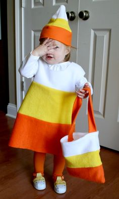 candy corn use and white for the top h a ll o w