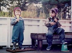 Bård and Vegard Ylvisåker as children