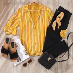 Marketing, Dress Outfits, Dresses, Fashion Looks, Vogue, Blazer, Blouse, Womens Fashion, Cute