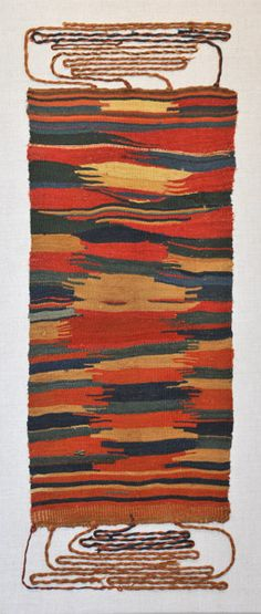 - South Coast of Peru This Nasca/Sihuas Apron is a creative departure from the strict grid-based designs of many early weavings. Ancient Peruvian, Peruvian Art, Textile Patterns, Textile Prints, Textile Design, Peruvian Textiles, Textile Fiber Art, Inca, Ancient Art
