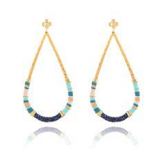 BOUCLES D'OREILLES BIBI MASSAÏ SWAROVSKI OR Swarovski, Diy Jewelry, Jewelry Ideas, Diamond Are A Girls Best Friend, Bracelets, Jewerly, Creations, Beaded Necklace, Earrings