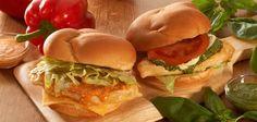 Wendy's Japan offers pesto and red bell pepper sauce in new chicken sandwiches