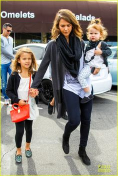 Jessica Alba and Cash Warren take their daughters Honor and Haven shopping at Target on February 22, 2014