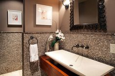 GOLDEN GIRLS STAR BEA ARTHUR'S ESTATE SELLS FOR MILLIONS <> Bigger is Better An oversized sink basin steals the show in this bathroom. Source: Lee Manning