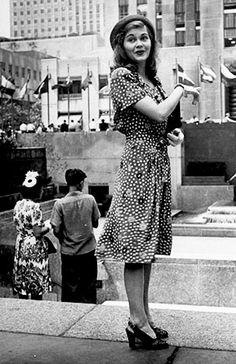 fuckindiva:  1940s street style in New York