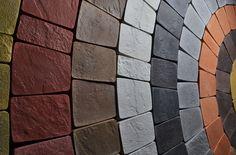 Тротуарная плитка для дорожек на даче: укладка своими руками и 80+ долговечных и оригинальных примеров оформления http://happymodern.ru/trotuarnaya-plitka-dlya-dorozhek-na-dache/ trotuarnaya_plitka_78
