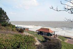 frinton-on-sea-beach.jpg (550×366)