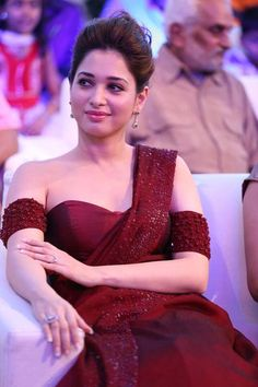 tamannah in manishmalhotra saree – BacklessBlouse.com