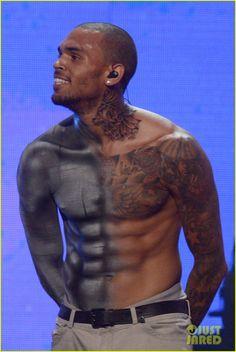 Chris Brown: Shirtless for BET Awards Performance!