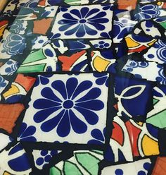 Tried out some darker grout today. Looks pretty good with @art_resin #perfectpour #mosaicart #mosaic #talavera #tileaddiction #tileart #art #bestoftheday #colorful #beautiful #mexico #puebla #flower #amazing #followfriday #makersvillage#makersgonnamake #makersmovement #buyhandmade #esty #handmade #handmadeatamazon #etsymtl #boho #fashion #design #tgif by greatescapemosaics