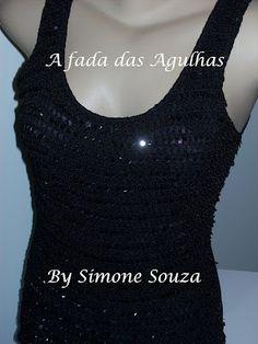 Camiseta com aplicação em crochê - A FADA DAS AGULHAS