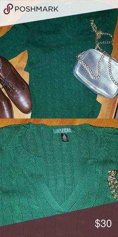 Ralph Lauren Sweater Deep Hunter Green. EUC BEAUTIFUL Ralph Lauren Sweaters V-Necks