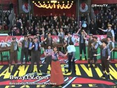 ▶ King of New York from NEWSIES (Macy's Thanksgiving Day Parade 2011) - YouTube