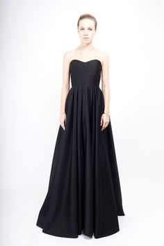 Rochie ampla din tafta Strapless Dress Formal, Formal Dresses, Black Tie, My Wardrobe, Cool Outfits, Designers, Take That, My Style, Clothes