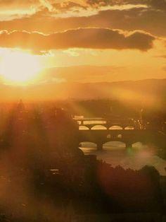 Beautiful sunrise in #Florence. #Firenze is beautiful #radiant