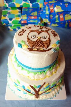 Gus is 1! Owl birthday cake.