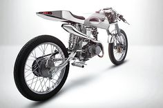 Bandit 9 is a custom motorcycle garage that can lay claim to building genuinely unique bikes - a rare thing in and of itself. The head of Bandit 9 is Futuristic Motorcycle, Retro Futuristic, Cars Characters, Honda Cub, Honda Motorcycles, Honda Bikes, Motorcycle Garage, Supersport, Street Bikes