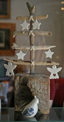 driftwood xmas tree with white decs