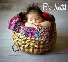 Cute Babies Sleeping in Basket Pictures of Babies Images Cute Little Baby, Baby Love, Little Ones, Cute Kids, Cute Babies, Baby Kids, Babies Pics, Beautiful Children, Beautiful Babies