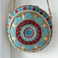 Wheel of Magic Mandala Bag crochet pattern by Lilla Bjorn Crochet