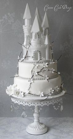 Amazing Winter Fairytale Castle Wedding Cake
