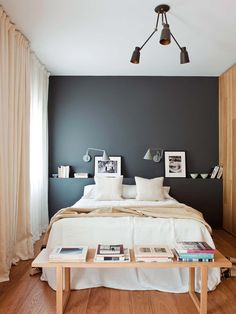 Awesome A bright apartment in Madrid - Lili in wonderland - Best Decoration ideas for the home Small Master Bedroom, Home Bedroom, Modern Bedroom, Modern Wall, Small Bedrooms, Bedroom Wall Decor Above Bed, Bedroom Decor, Bedroom Ideas, Bedroom Styles