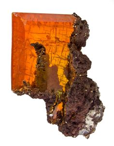 Wulfenite from Ahumada Mine, Los Lamentos, Chihuahua, Mexico